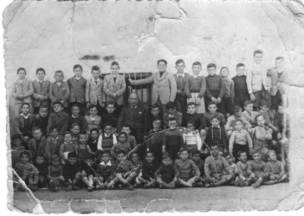 31693-megeces-la-escuela-en-los-anos-40-con-don-clinio